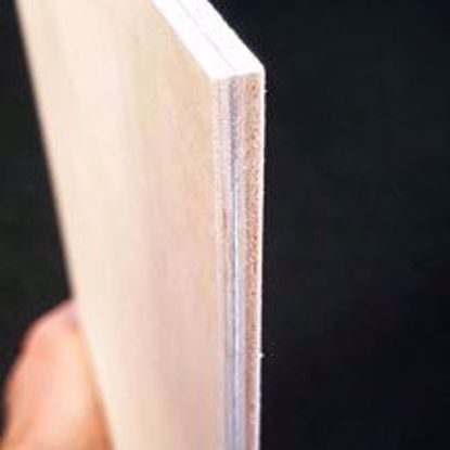 Björkply (BB/C) 0,3 mm aluminium mellan 3-4 ply